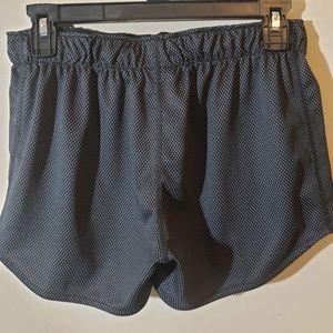 Under Armour Shorts - Under Armour Heatgear Shorts